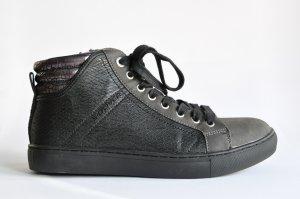s. Oliver Sneaker high Lederimitat / Lederoptik schwarz grau Gr. 40 FAST WIE NEU