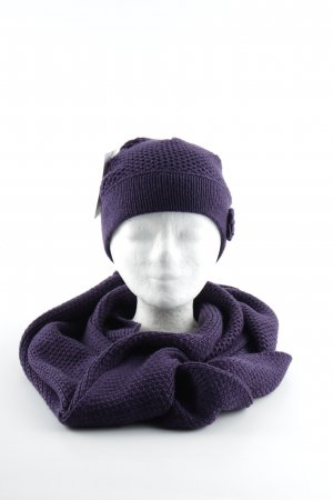 s.Oliver Knitted Hat dark violet casual look