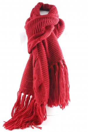 s.Oliver Knitted Scarf dark red fluffy
