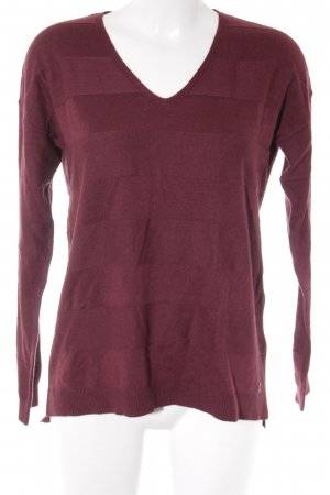 s.Oliver V-Ausschnitt-Pullover karminrot Streifenmuster Casual-Look