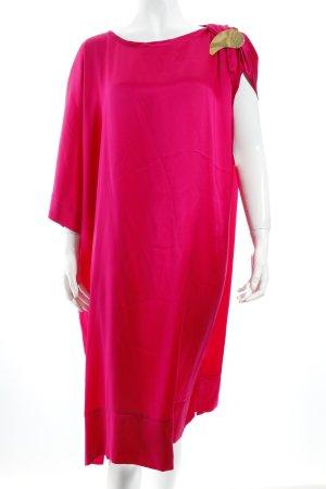 Sabrina Dehoff Kleid pink extravaganter Stil