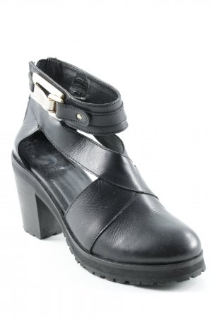 Sacha Ankle Boots black casual look