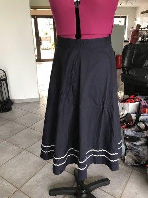 Falda circular azul oscuro