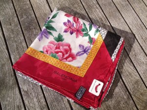 Balenciaga Foulard en soie multicolore soie