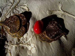 SALE!antique Gürtelschließe ArtDeco , Messingmassiv, aktuell zu Kleider!