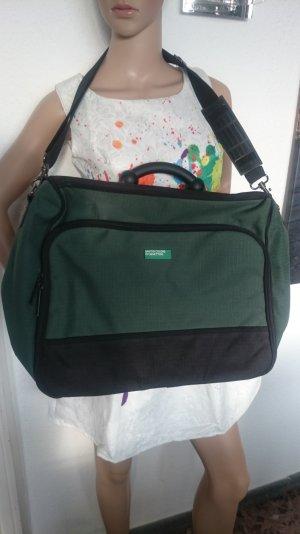 SALE!!! Bei 4 Teilen das Günstigste gratis! Tolle Reisetasche Weekender von Benetton in Grün/Schwarz