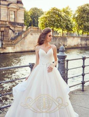 SALE Brautkleid Hochzeitskleid mit Stufen, ivory Gr. 36/38 NEU