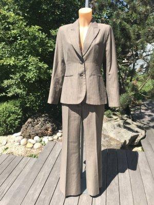 SALE!!! * Eleganter graubrauner Nadelstreifen-Anzug * Business-Anzug * mit hellen Streifen