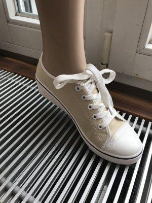 SALE!!! * Kayla Schnürer * Sneaker * Stoffschuhe * mit kleinem Absatz * Casual-Look *