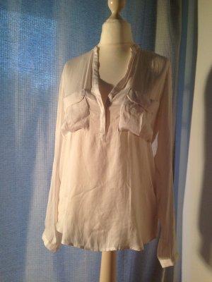 Schöne Bluse mit V-Ausschnitt von Zara Gr. S