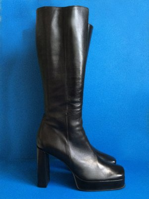 0039 Italy Platform Boots black leather