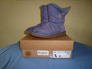 Sale-Preis! Original UGG-Boot, Wildleder, lavendelfarben, Gr. 9 (40) - in gutem Zustand!