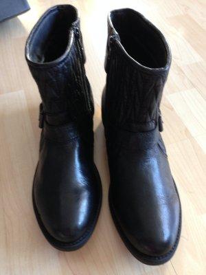 Sale: rockige Lederstiefellette & Boots/Bikerstyle in Schwarz, NP 119,90€
