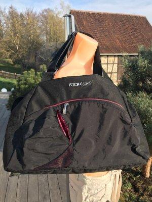 SALE!!! * Schöne geräumige Sporttasche von Reebok