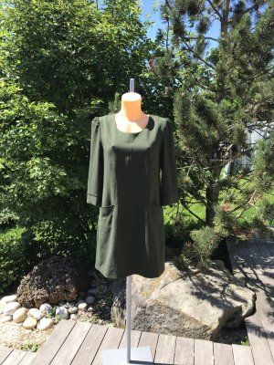 SALE!!! * Schönes dunkelgrünes Kleidchen mit goldenen Knöpfen