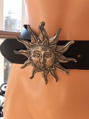SALE!!! * Superschöner schwarzer Vintage Echt-Leder-Gürtel * mit altsilberfarbener Sonnenschnalle