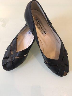 Vintage High-Heeled Sandals black-white