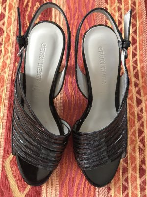SALE!!! * Wunderschöne Riemchen-Sandaletten * Echtes Leder * NEU *