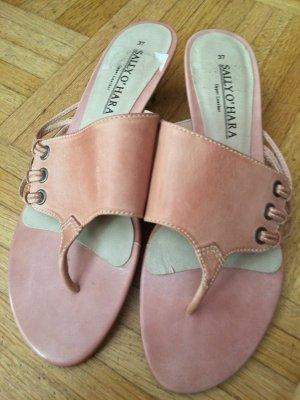 Sally O'Hara Sandalo toe-post rosa antico
