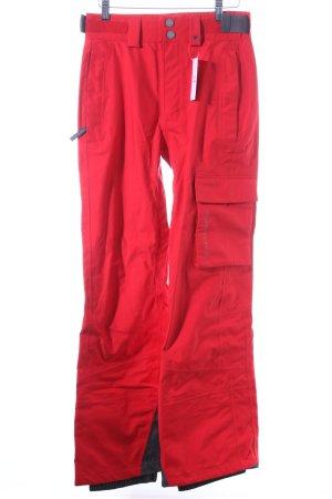 Salomon Schneehose rot-grau sportlicher Stil