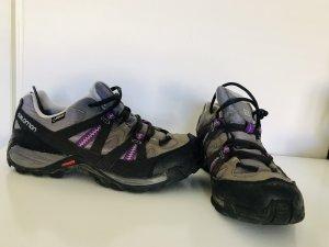 Salomon Trekking Schuhe