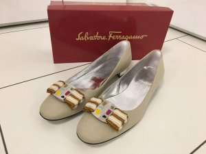 Salvatore Ferragamo Ballerinas Gr. 39,5  WIE NEU!  NP 425,-€ !!