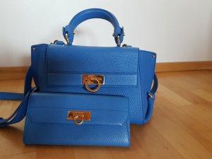 Salvatore Ferragamo Handtasche und Portemonnaie blau neu