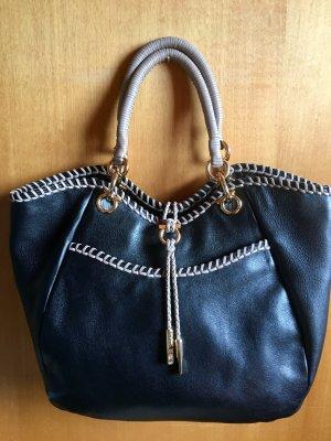 Salvatore Ferragamo hochwertige Tasche aus feinem Kalbsleder, wie neu