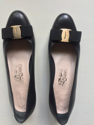 Salvatore Ferragamo Pumps 36