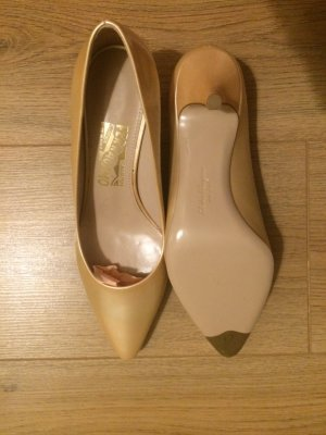 Salvatore Ferragamo Pumps - idealer Brautschuh