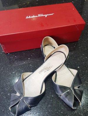 Salvatore ferragamo Strapped Sandals black