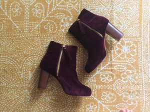 Samt Ankle Boots in weinrot