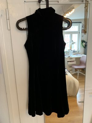 Samt Kleid