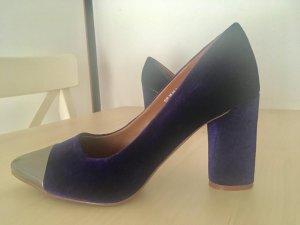 Samt Pumps im 70er Stil / lila Samt, silberne Schuhspitzen in Größe 38 von H&M