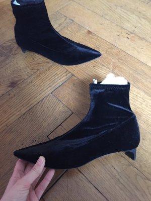 Samt Schuhe von Zara