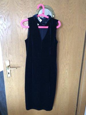 Samtblaues Kleid von Ivanka Trump
