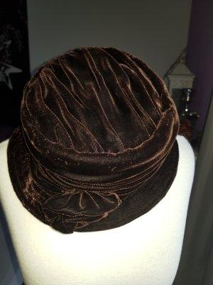 Cappello marrone scuro