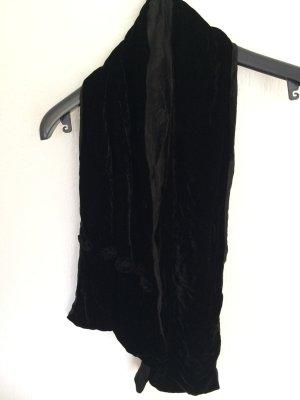 Samtiger leichter Schal
