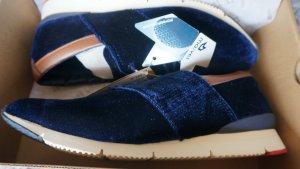 """Samtsneaker KLEINE/ schmale Gr. 39. Neu mit Etikett! """"MO:VEL"""""""