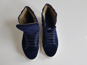 Samtsneakers dunkelblau, Neu