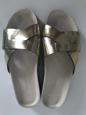 AERIN Sandalias cómodas color oro-blanco puro