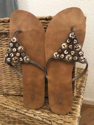 Buffalo High-Heeled Toe-Post Sandals multicolored leather