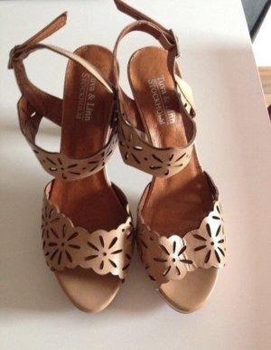 Sandale, cognacfarben
