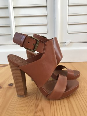Zara Strapped Sandals cognac-coloured