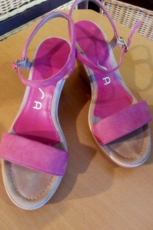 Sandale in pink Gr. 35 von Unisa.