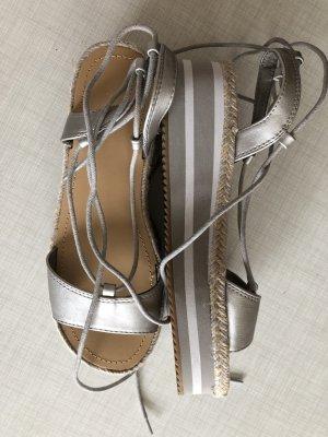 Sandale mit Absatz neu