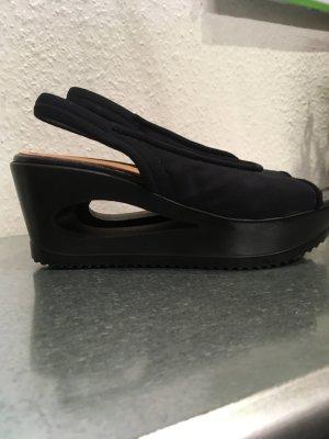Sandale mit auffälligem Keilabsatz, dunkelblau