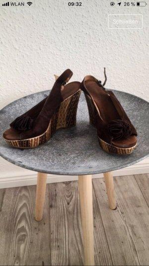 Sandale mit Keilabsätze