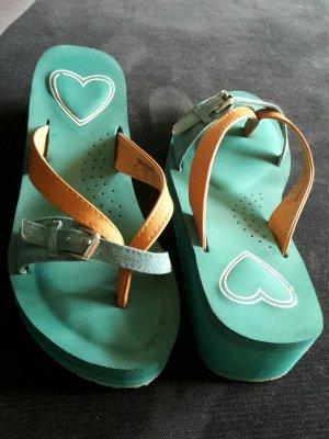Sandale mit Plateau, nie getragen