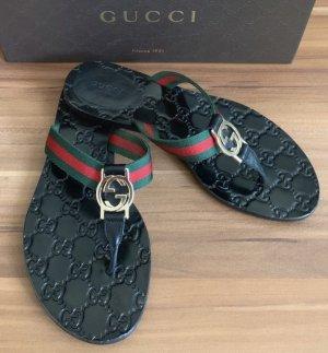 Gucci Flip-Flop Sandals multicolored